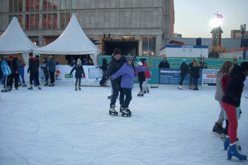 Patinaje hielo Alexanderplatz